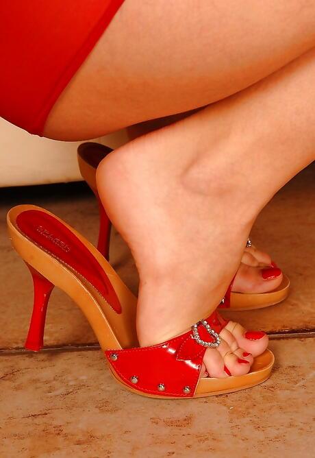 Milf Feet Porn
