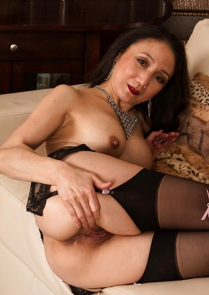 Chinese Milf Booty Porn