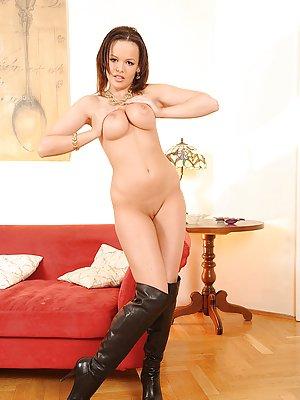 Sexy Milf Porn